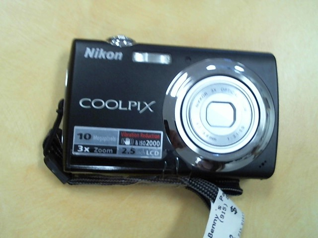 NIKON Digital Camera COOLPIX S220