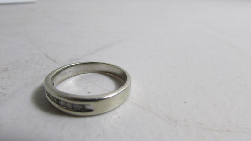 Gent's Diamond Solitaire Ring 8 Diamonds .16 Carat T.W. 10K White Gold 6g