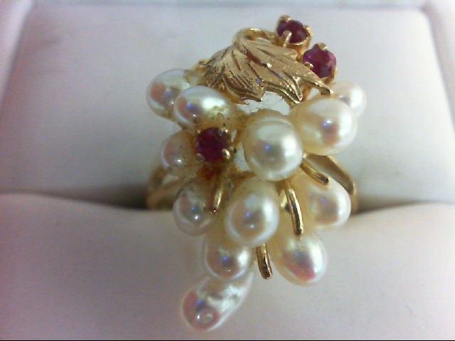 Ruby Lady's Stone Ring 14K Yellow Gold 4g