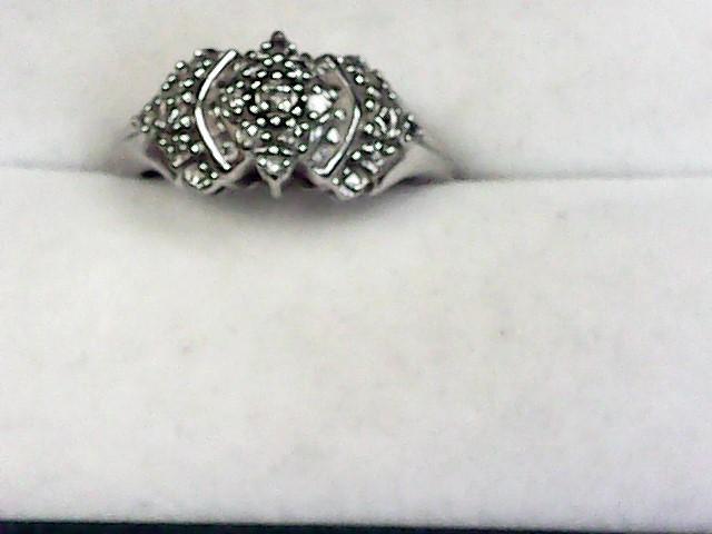 Lady's Gold Ring 10K White Gold 2.25dwt