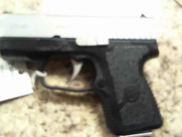KAHR ARMS Pistol CM40