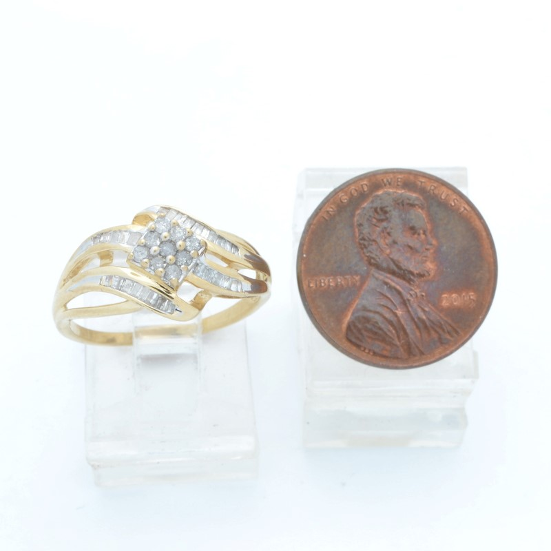 ESTATE DIAMOND RING SOLID 10K YELLOW GOLD CLUSTER COCKTAIL SIZE 7.5