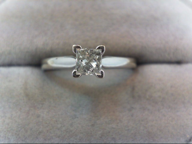 Lady's Diamond Engagement Ring .32 CT. 14K White Gold 2g