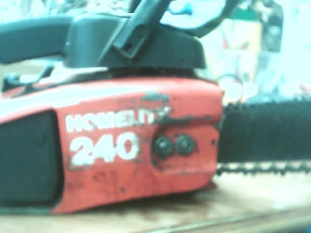 HOMELITE Chainsaw 240 CHAINSAW