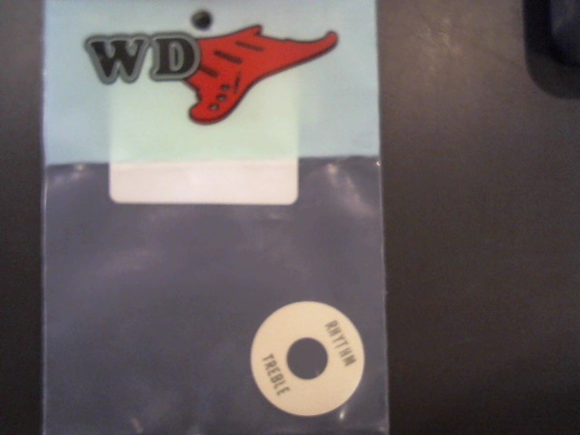 WD LP STYLE TOGGLE SWITCH,CREAM M\RT-6