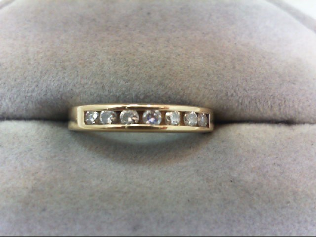 Lady's Diamond Wedding Band 7 Diamonds .21 Carat T.W. 14K Yellow Gold 2.1g