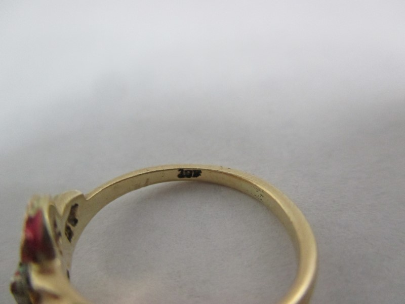 Lady's Gold Ring 10K Yellow Gold 2g Size:4