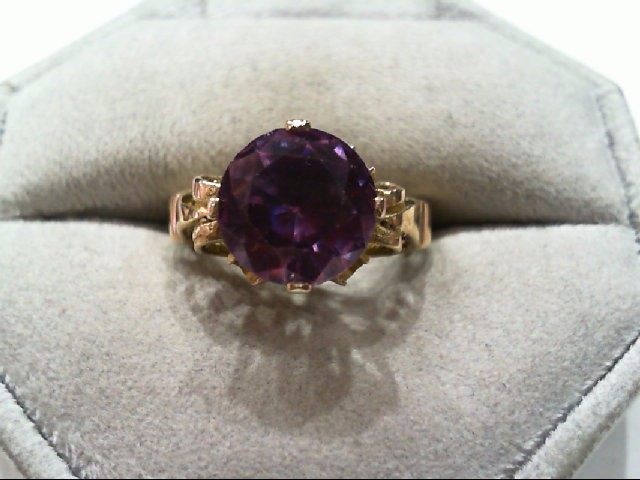 Synthetic Alexandrite Lady's Stone Ring 10K Yellow Gold 2.8g