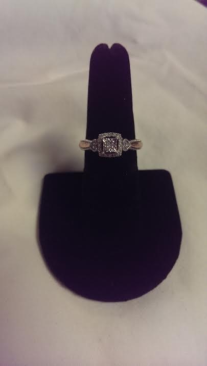 Lady's Diamond Fashion Ring 19 Diamonds .25 Carat T.W. 10K White Gold 2.3dwt