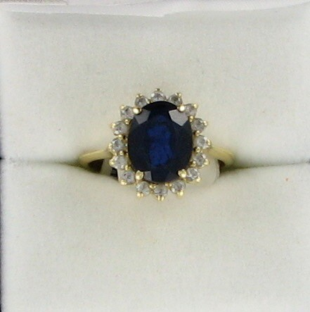 Synthetic Sapphire Lady's Stone Ring 18K Yellow Gold 2.4dwt