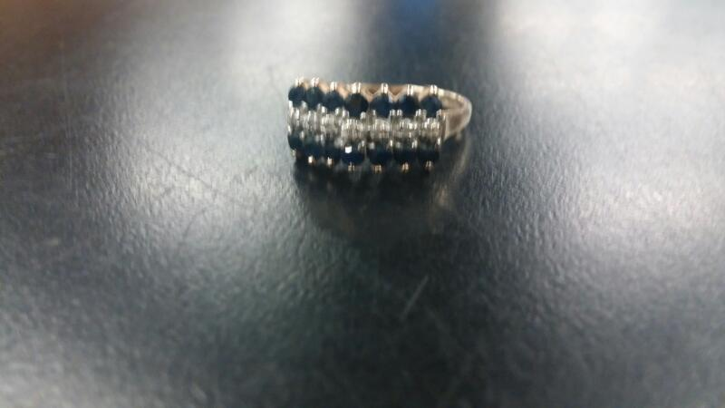 LDS 10KT Lady's DIA SAPPHIRE RING