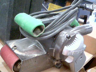 HITACHI Belt Sander SB 8V2