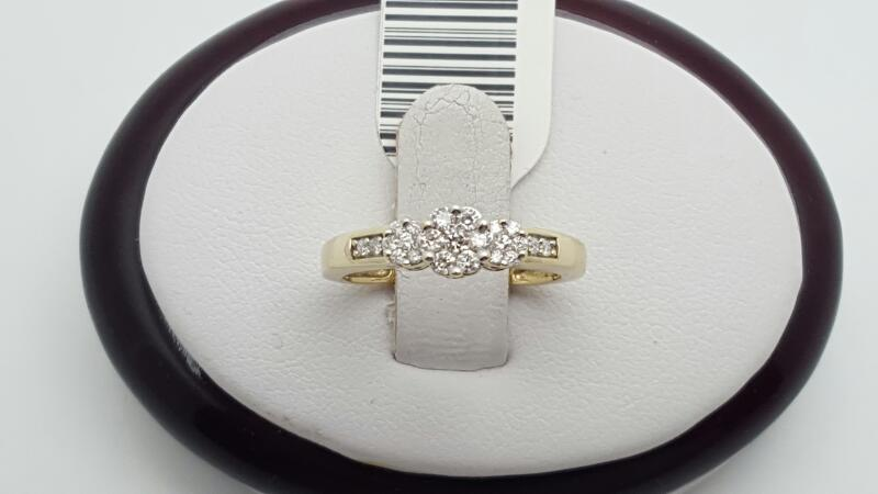 Lady's Diamond Engagement Ring 23 Diamonds .19 Carat T.W. 10K Yellow Gold 1.7g