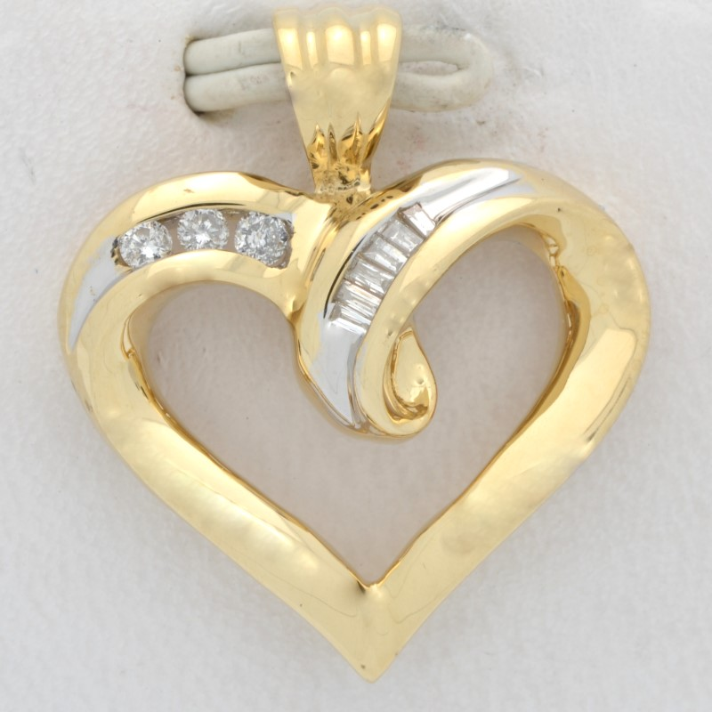 ESTATE DIAMOND HEART PENDANT CHARM SOLID 14K GOLD LOVE PROMISE FINE