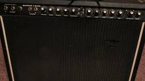 FENDER Vintage Amplifier SUPER TWIN
