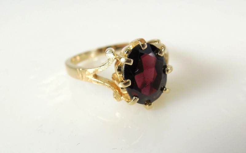 Red Stone Lady's Stone Ring 14K Yellow Gold 3.2g Size:5.5