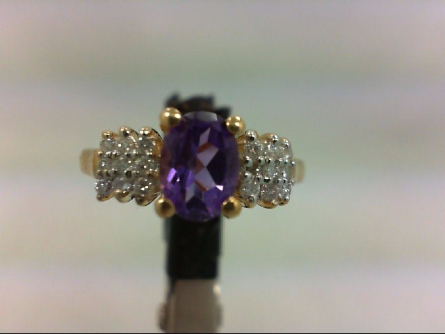 Amethyst Lady's Stone & Diamond Ring 18 Diamonds .090 Carat T.W.