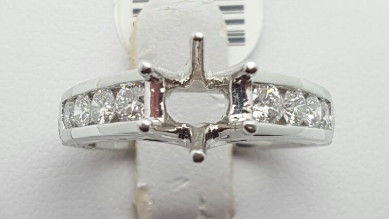 Lady's Platinum-Diamond Wedding Band 8 Diamonds .72 Carat T.W. 950 Platinum 11g