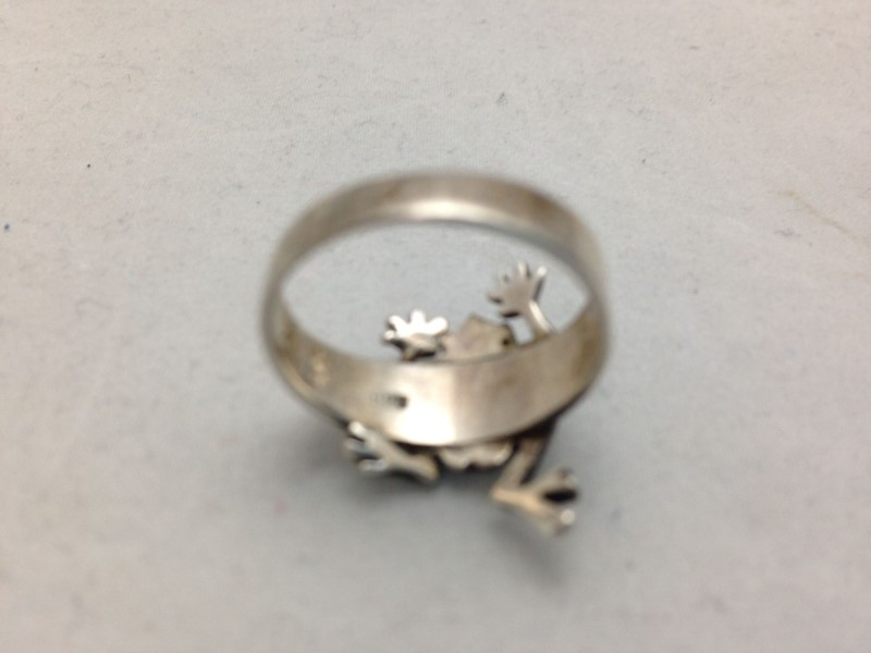 Lady's FROG Silver Ring 925 Silver 2.4dwt Size 6