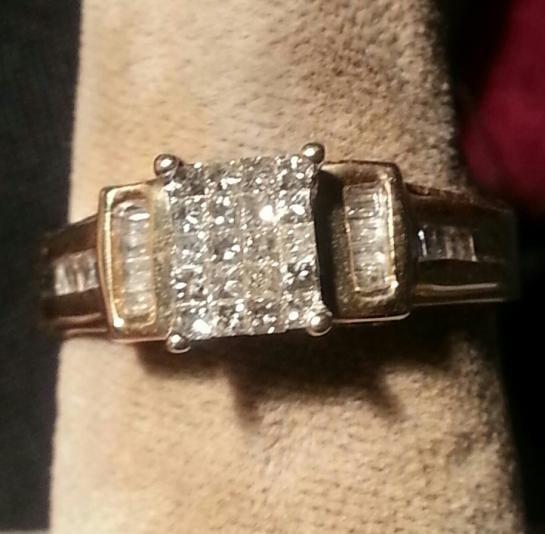 Lady's Diamond Cluster Ring 34 Diamonds .34 Carat T.W. 14K Yellow Gold 2.6dwt