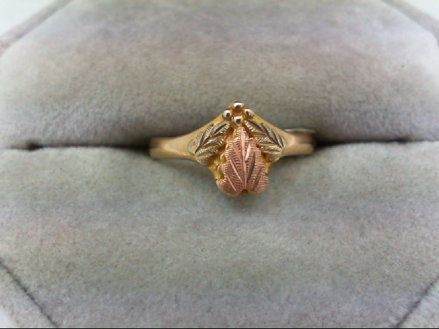 Lady's Gold Ring 10K Tri-color Gold 2.3g