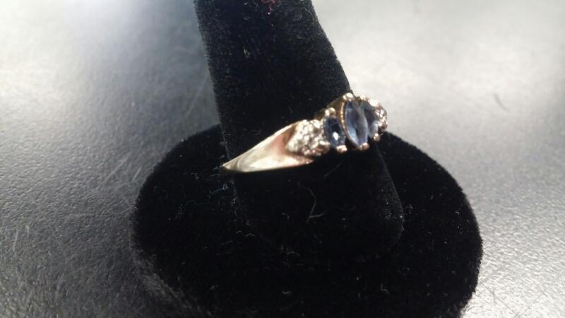 Synthetic Tanzanite Lady's Stone Ring 10K Yellow Gold 1.3dwt Size:7.3
