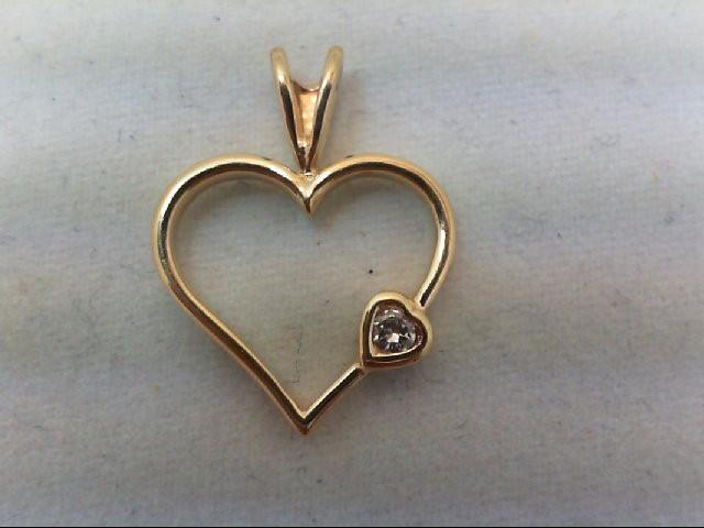 Gold-Diamond Solitaire Pendant .05 CT. 14K Yellow Gold 0.8g
