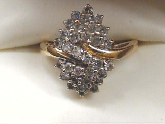 Lady's Diamond Cluster Ring 32 Diamonds .96 Carat T.W. 14K Yellow Gold 4.1g