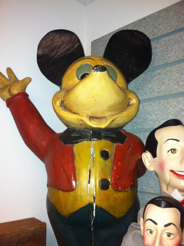 MICKEY MOUSE WOOD CARVED STATUE