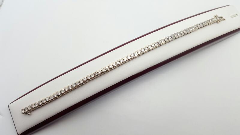 Gold-Diamond Bracelet 60 Diamonds 4.27 Carat T.W. 14K White Gold 17.3g