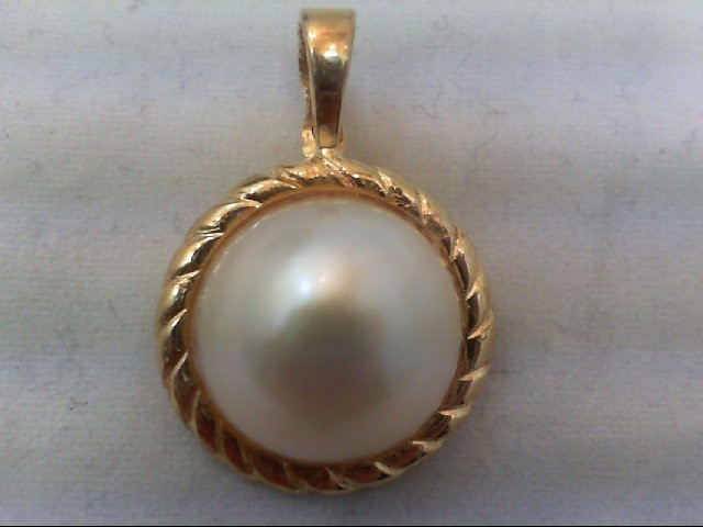 Gold Pendant 14K Yellow Gold 4g