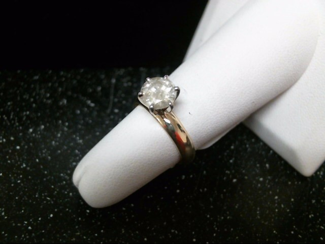Lady's Diamond Solitaire Ring 1.10 CT. 14K Yellow Gold 3.8g Size:6