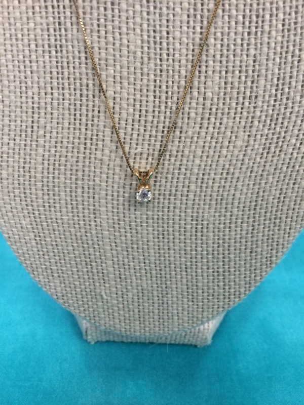 Diamond Necklace .25 CT. 14K Yellow Gold 0.9dwt