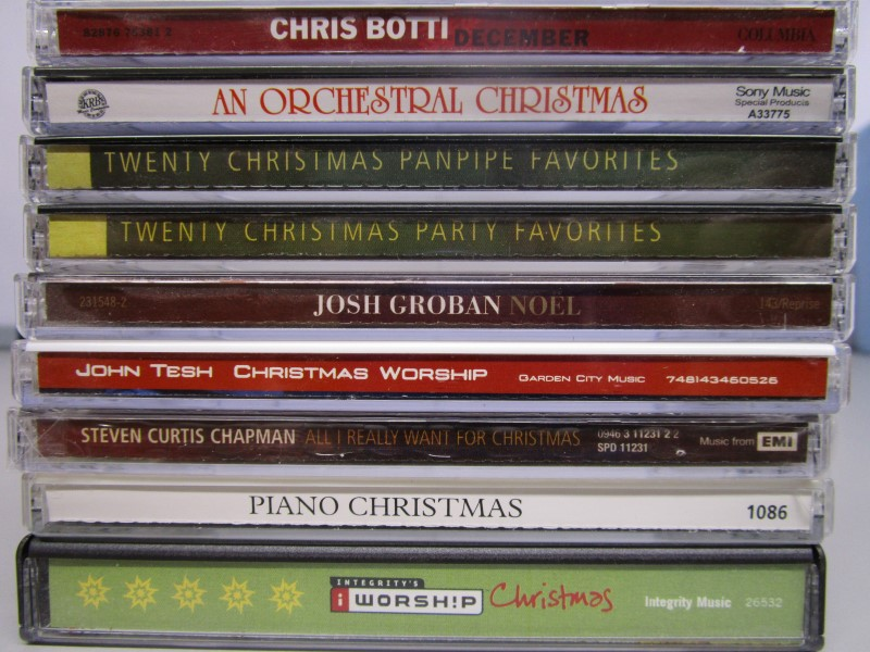 LOT OF 8 CHRISTMAS MUSIC COMPACT DISCS CDS AND 1 DVD, JOSH GROBAN, JOHN