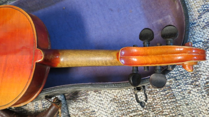 German 3/4 Size Violin with Bow & Hard Case, Antonius Stradivarius 1736 Model