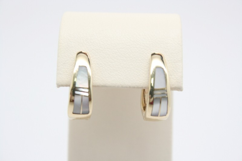 MOTHER OF PEARL SMALL OVAL HOOP EARRINGS 14K YELLOW GOLD