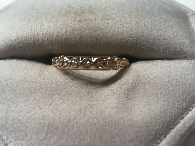 Lady's Diamond Wedding Band 5 Diamonds .05 Carat T.W. 14K Yellow Gold 0.8g