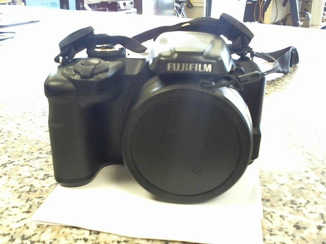 FUJIFILM Digital Camera FINEPIX S8600