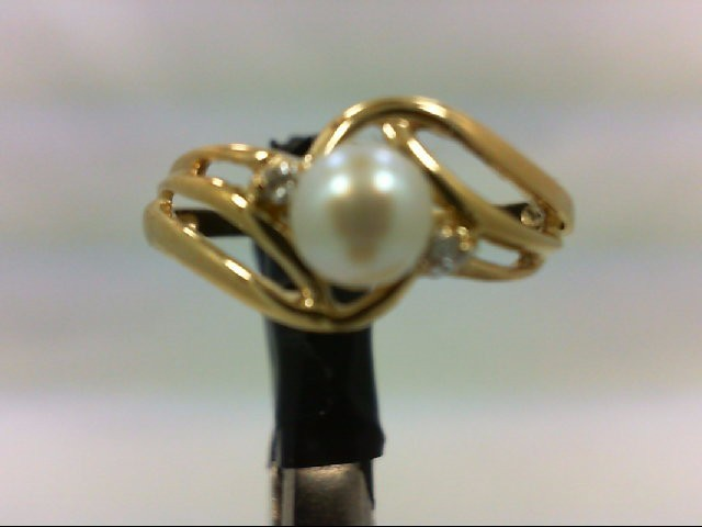 Pearl Lady's Stone & Diamond Ring 2 Diamonds 0.04 Carat T.W. 10K Yellow Gold 1.7