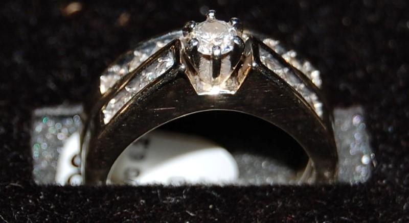 Lady's Diamond Wedding Band 18 Diamonds .44 Carat T.W. 14K White Gold 6.2g