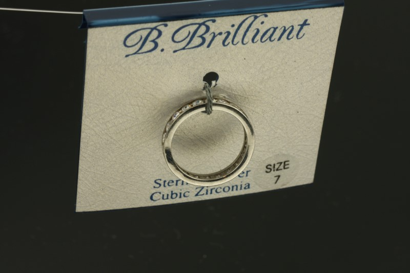 Lady's Silver Ring 925 Silver 2.25g Size:7