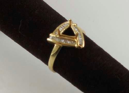 Lady's Diamond Fashion Ring 30 Diamonds 0.3 Carat T.W. 10K Yellow Gold 2.4g Size