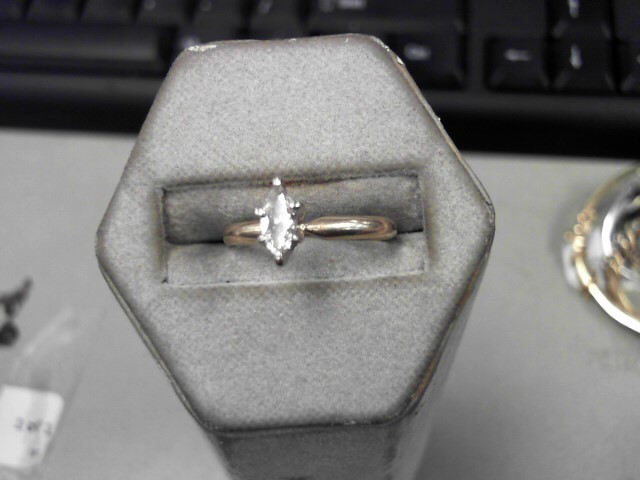 Lady's Diamond Solitaire Ring .19 CT. 14K Yellow Gold 2.15g Size:5.5