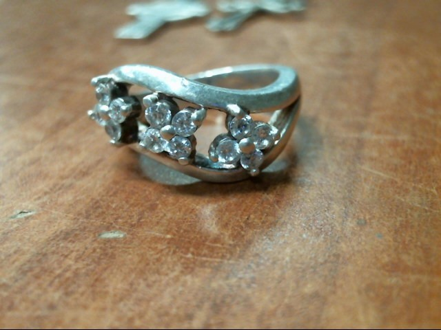 SILVER .925 RING SIZE 8.25