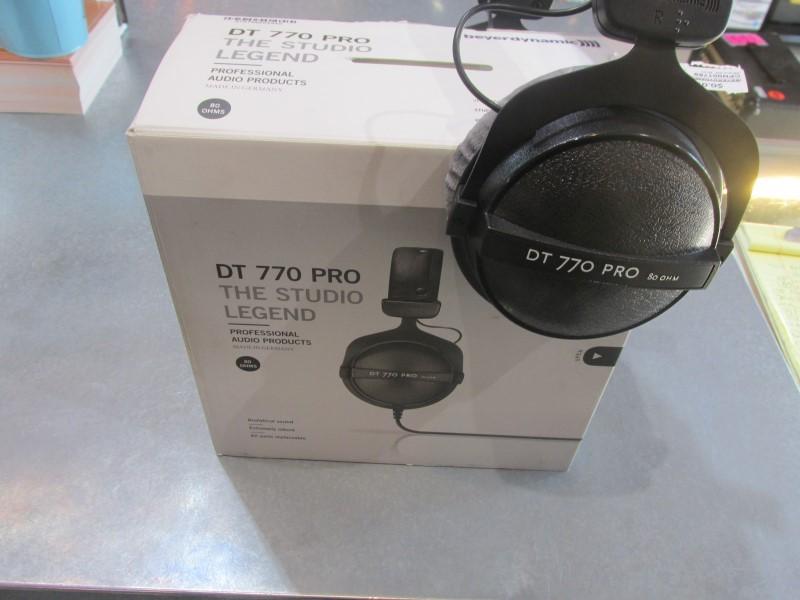 BEYERDYNAMIC -DT770 PRO- The Studio Legend