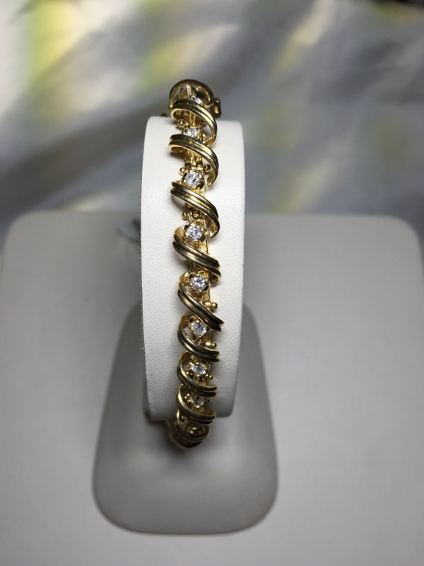 Gold-Diamond Bracelet 25 Diamonds 1.25 Carat T.W. 14K Yellow Gold 24.3g