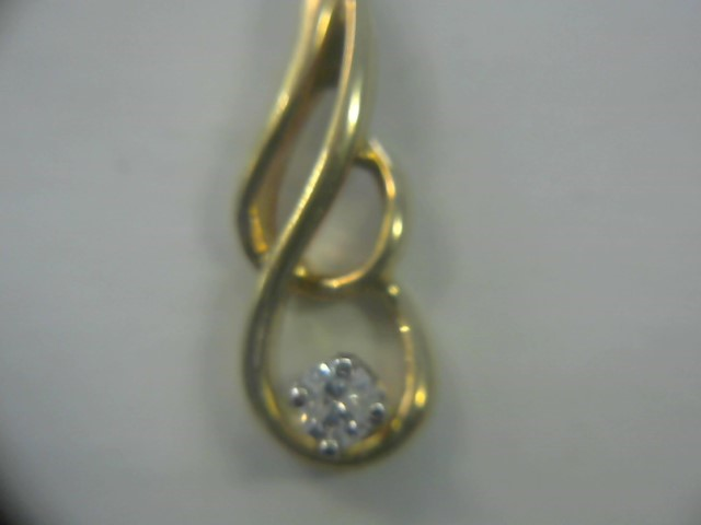 Gold-Diamond Solitaire Pendant .07 CT. 14K Yellow Gold 1dwt