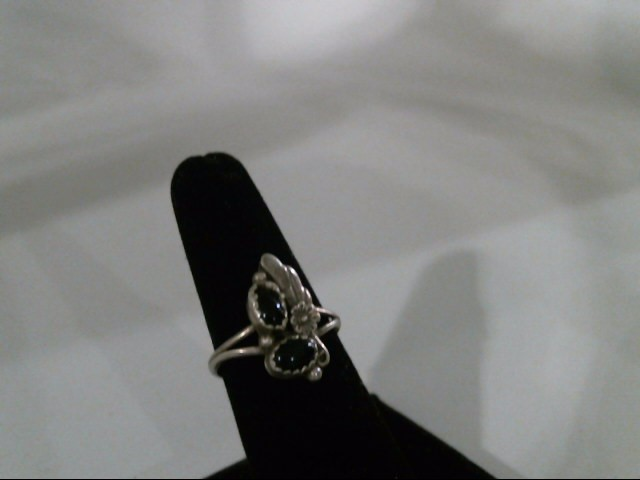 S925 RING SIZE 7.5 WITH ONYX STONES