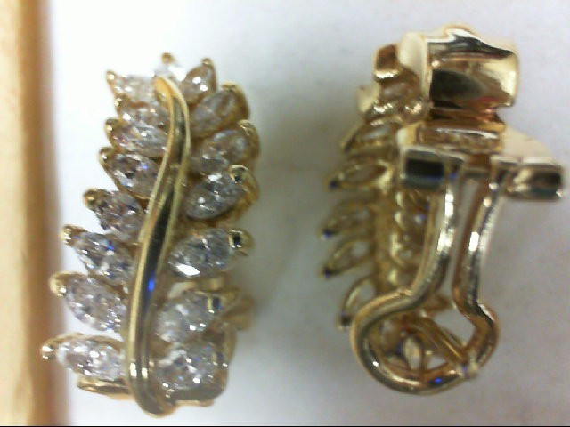 Gold-Diamond Earrings 32 Diamonds 2.52 Carat T.W. 14K Yellow Gold 8g