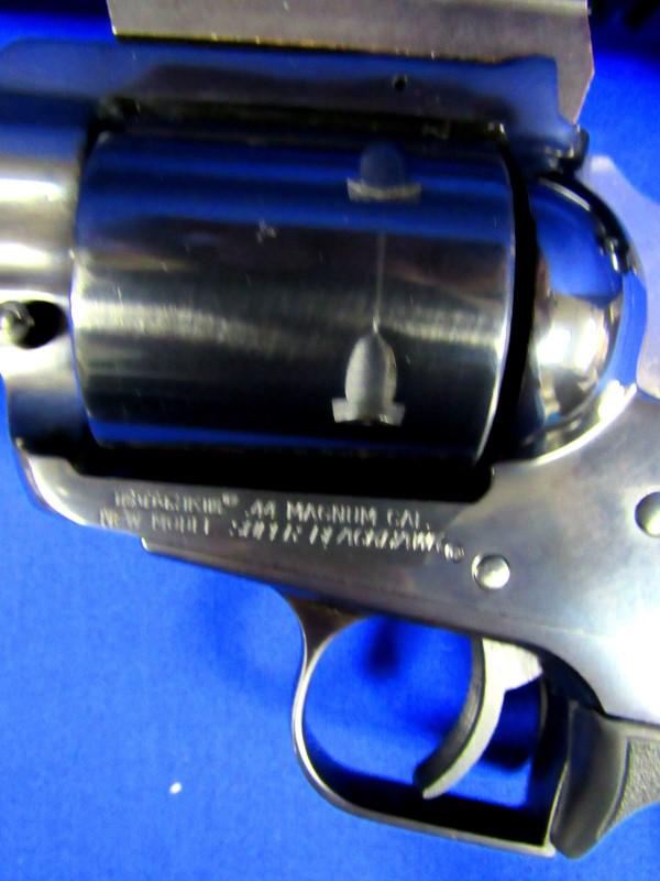 RUGER SUPER BLACKHAWK 44 MAG W/ SCOPE